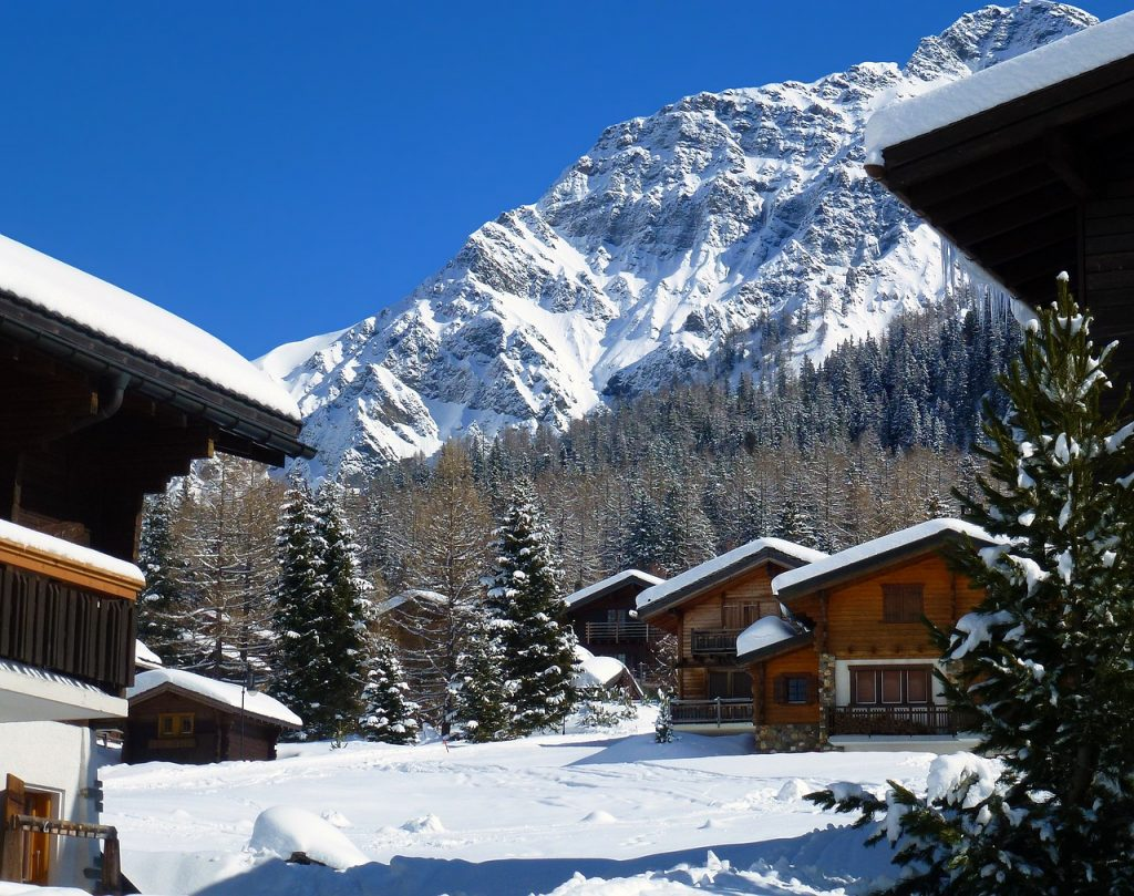 chalets montagne neige