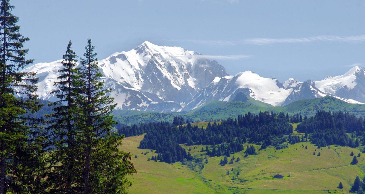 Pourquoi choisir de faire construire près de la montagne ?