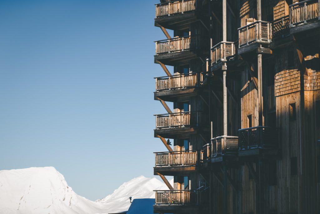 résidence de montagne avec balcon